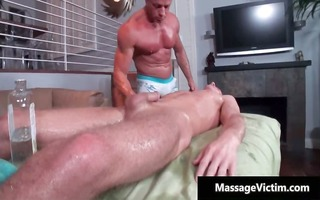 muscled homo hunk acquires oral-stimulation and