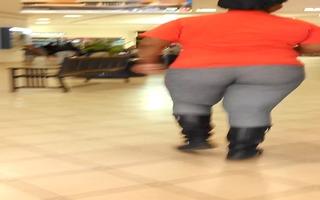 bulky big beautiful woman sloppy panties