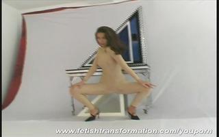 naked hanka doing magic tricks