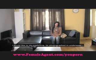 femaleagent. at no time been kissed