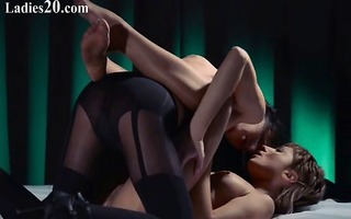 lesbo strap on hardcore sexing