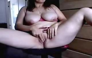 exceedingly hot lady