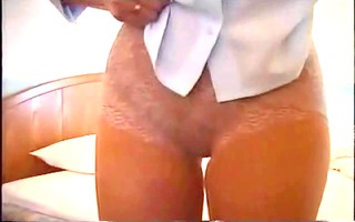 japanese lady in girdles 7