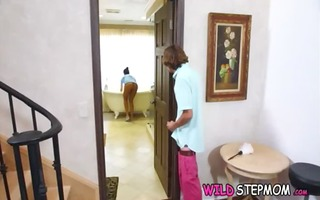 stepmom three-some with the maid 3536