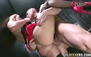charming red suit mother i tanya tate 68