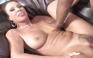 sexy mommy gets team-fucked by a biggest rod in