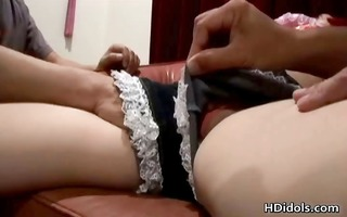 usagi amakusa shows off her oral stimulation