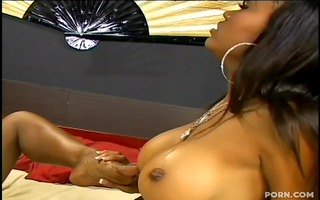 darksome gals lacey and coco pink in lesbo foot