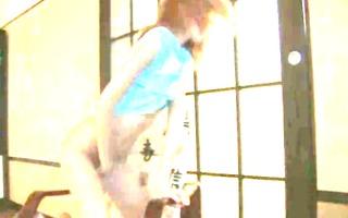 slender babysitter in her chinesse room