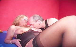 simone craves susi and frank to play house with