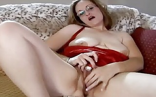 plump d like to fuck toying