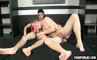 str dilettante hunk sucks on a knob for cash