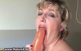 excited older mommy wearing a hawt part2