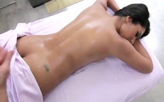 this masseur can his job rubbing down hot