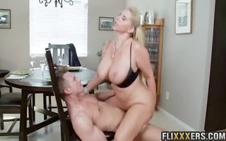 mamma and daughter fuck every other with bf karen