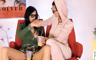 unbelievable wowgirls eating holes