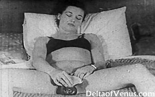 authentic vintage porn 10075s - bald pussy,