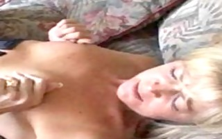 messy mama in stockings gets her muff licked