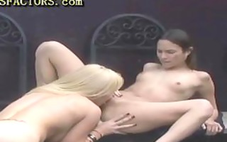 outdoor lesbo sex with dong