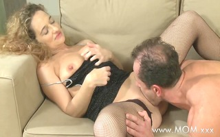 mamma concupiscent housewife wants to fuck