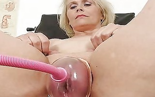 blondhaired bulky d like to fuck explored by twat