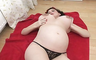 foxy dark brown d like to fuck lady shows off her