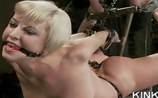 hot hawt chick dominated