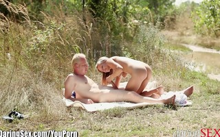 daringsex carnal blonde outdoor doggy position