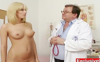 blond bella morgan visit gynoclinic to have her