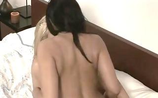 lesbo sex 1074