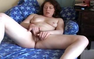 lascivious plump black brown girlfriend rubbing