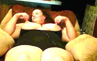 fat bitch 910y