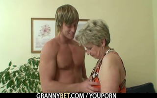 old housewife gets nailed by an juvenile boy