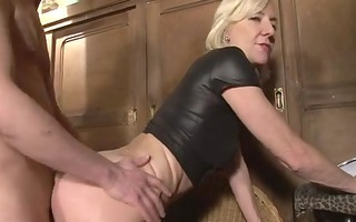 blonde mature charlie drilled right into an