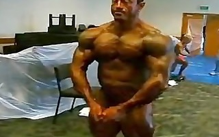 my goal is to look like this sexy roidgutted