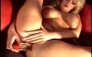 blonde mature shows her seasoned moist crack and
