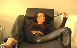 darksome leather panties