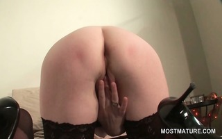 blonde aged in sexy arse masturbating pussy with
