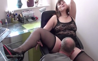 british mother id like to fuck performs on webcam