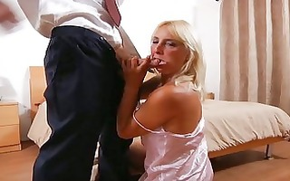 hardcore mom andi roxxx copulates and sucks