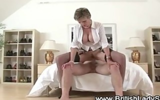 pounder bouncing lady sonia jizz flow