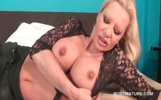 breasty aged engulfing and working love tunnel