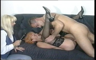 sexy redhead receives a mouthfull (clip)