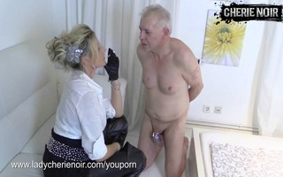 face slapping with leather gloves by femdom