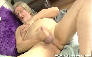 chubby dad jerking off