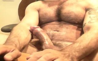 web camera - bushy muscle italian dad jacking off