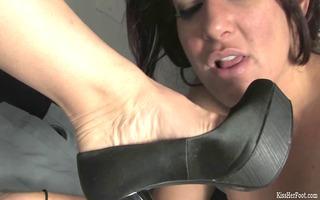 foot fetish beneath the desk