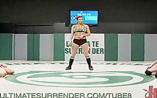 wrestler beats up her love tunnel