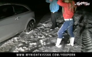 nightkiss22 - im schnee gefickt