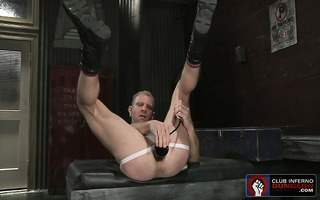 jaxon fills his gaping butt aperture with big